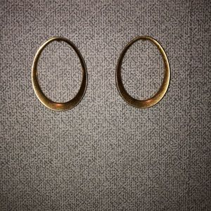 Stella & Dot Georgia Hoop Earrings